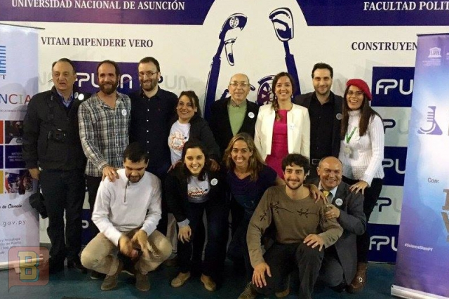 Science Slam Festival Paraguay