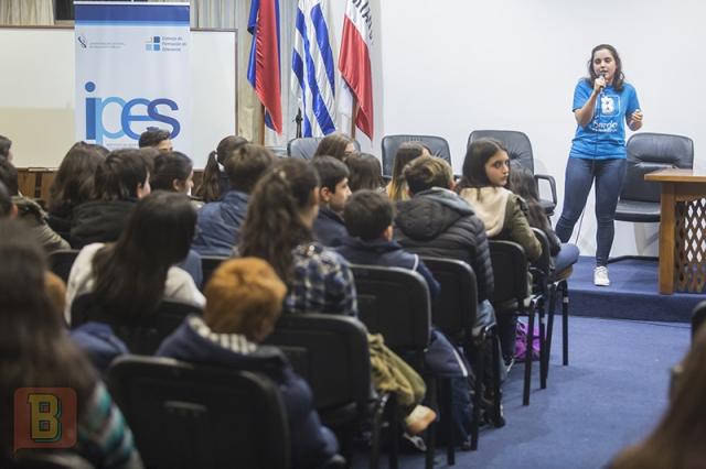 Vanesa Rostan Bardo científico liceo 55 Montevideo
