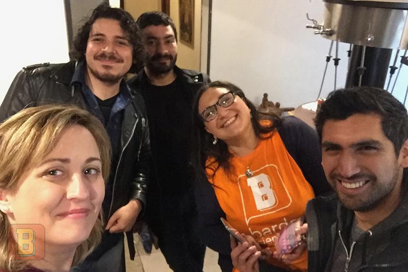 Ana Daniela Bardo Científico gira chile Santiago Peluquería Francesa