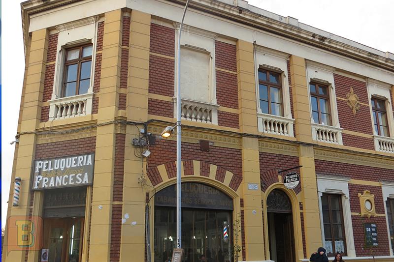 Bardo Científico gira chile Santiago Peluquería Francesa